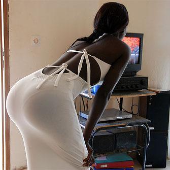 Sénégal: le calvaire des femmes au gros postérieur - Xalima.com