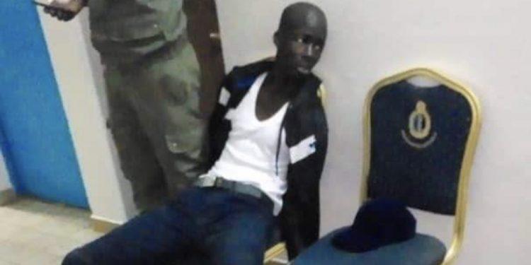 Arrêt sur image: Boy Djinné «tranquille» à l'intérieur de la brigade